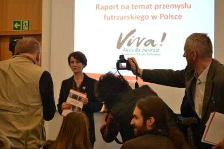 Viva! opublikowała raport na temat przemysłu futrzarskiego w Polsce