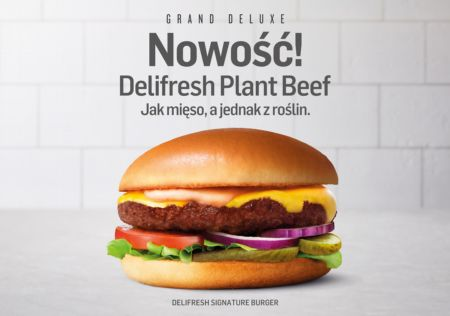 MAX wprowadza do Polski bezmięsną innowację  – DELIFRESH PLANT BEEF