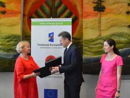 Zdjęcie z podpisania umowy  Wągrowiec